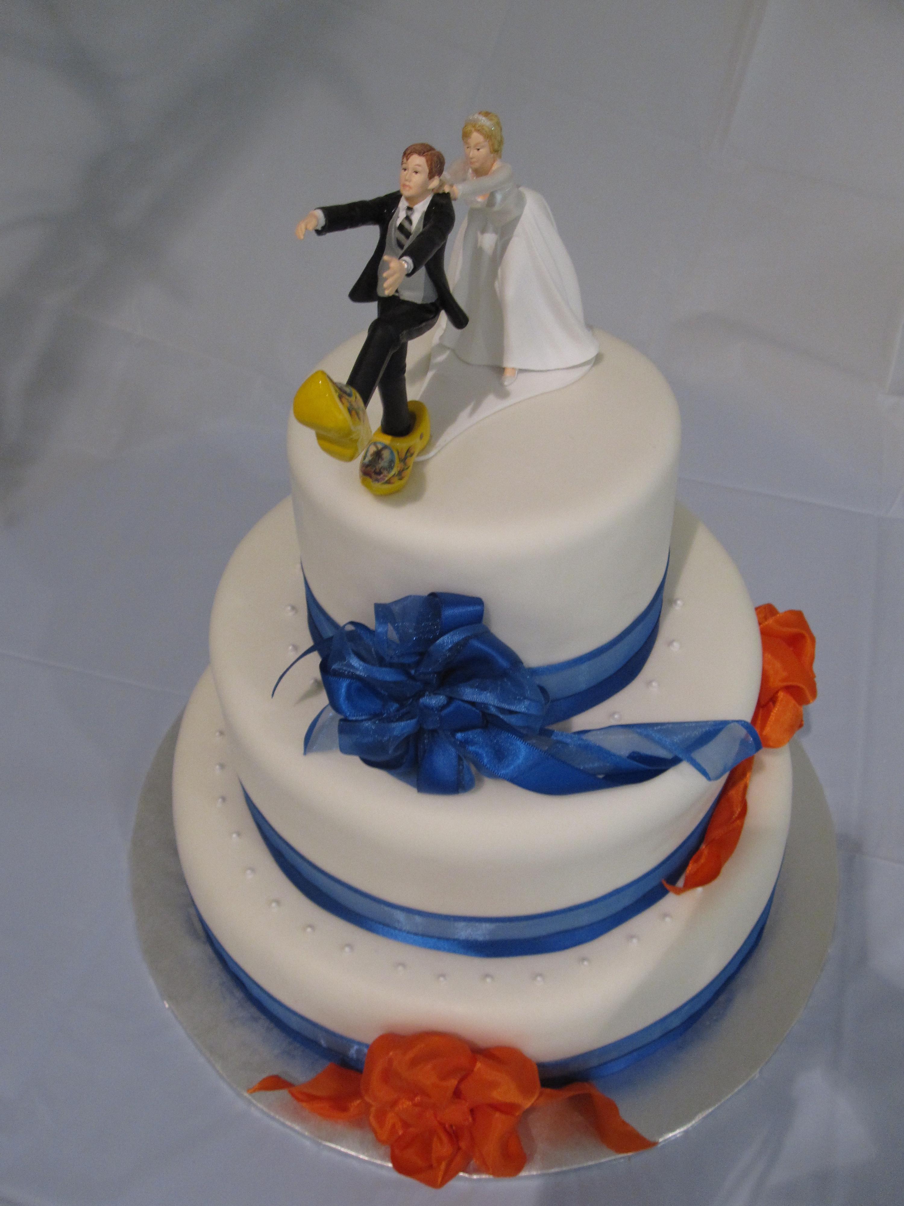 wedding – blue & orange bows  
